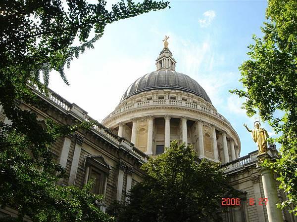 London (12).jpg