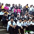 和韓國學生偷偷合照