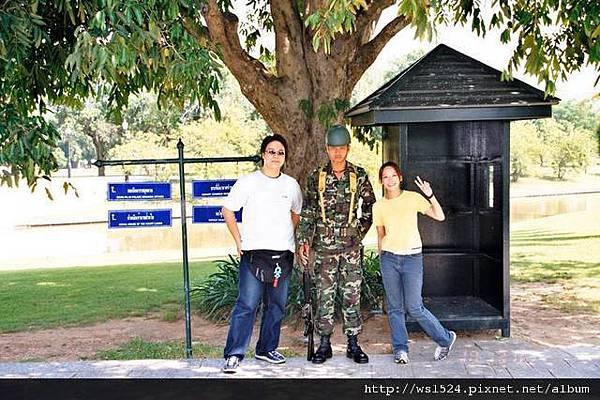 1094963487-泰國憲兵.jpg
