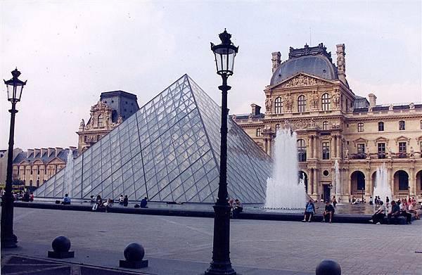 羅浮宮 Paris
