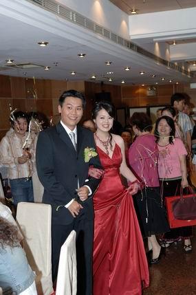 Resize of 訂婚儀式宴客照 256.jpg