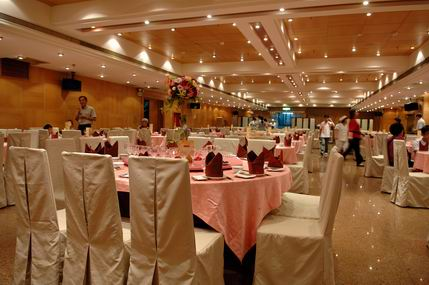 Resize of 訂婚儀式宴客照 211.jpg