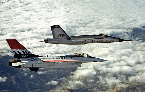 500px-YF-16_and_YF-17_in_flight_2.jpg