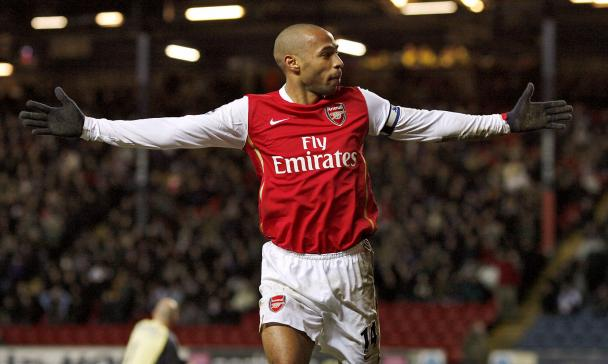Thierry-Henry-Arsenal-Celebrates.jpg