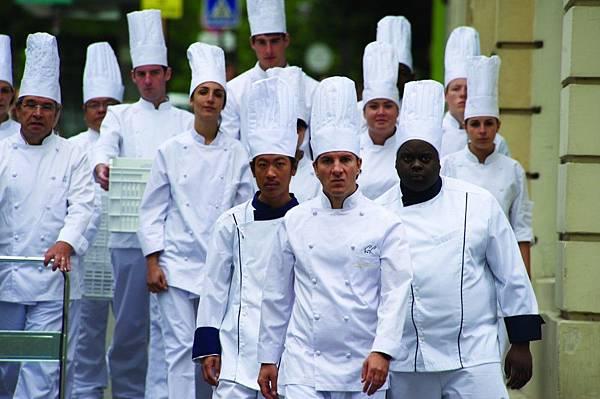 el-chef-la-receta-de-la-felicidad-001