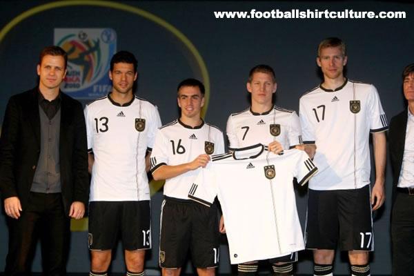 germany-10-12-adidas-football-kit.jpg