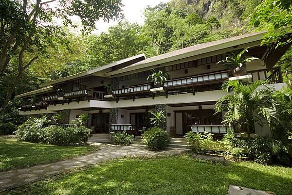 03.Lagen Island Resort - Forest Room Complex.jpg