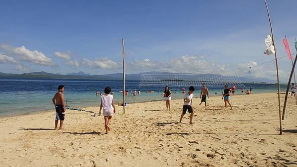 巴拉望沙灘排球.JPG