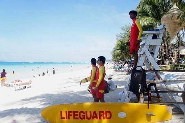 長灘島 紅十字會救生員