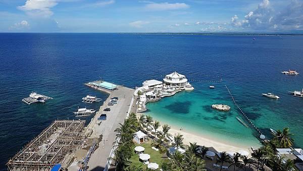 Mövenpick-Hotel-Mactan-Island-Cebu-3.jpg