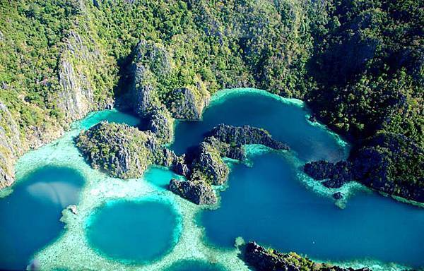 twin_lagoons1