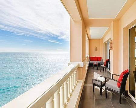 MONTE-CARLO_BAY_HOTEL_room (1).jpg