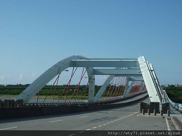 要經過才覺得來到花蓮的太魯閣大橋