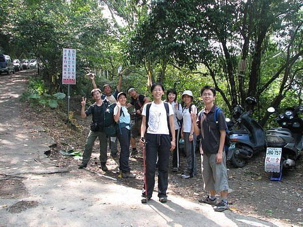 0925,右往雲森瀑布,取左往逐鹿山登山口