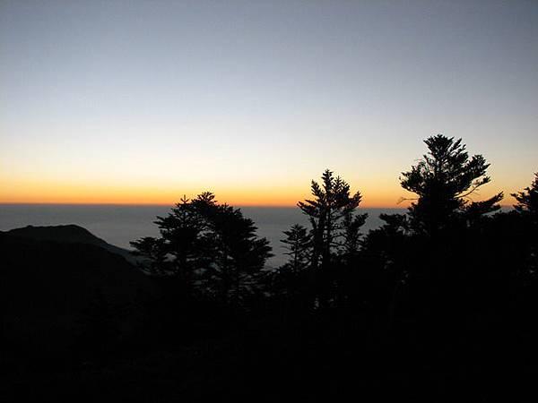 頭鷹山上的黃昏