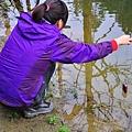Ivy拿TX5釣魚