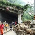 台18-59K巃頭明隧道崩塌