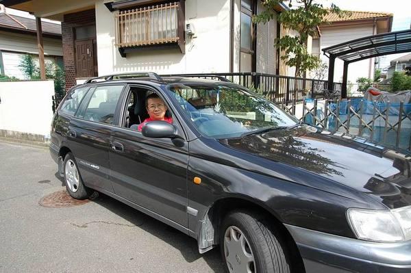 開車去賣場.JPG