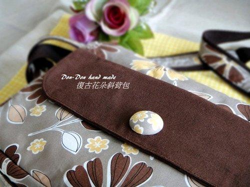 復古花朵斜背包(1)