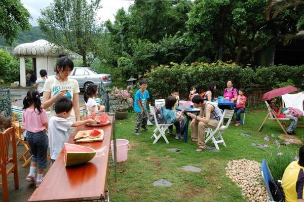 夏天吃西瓜,最爽快啦~