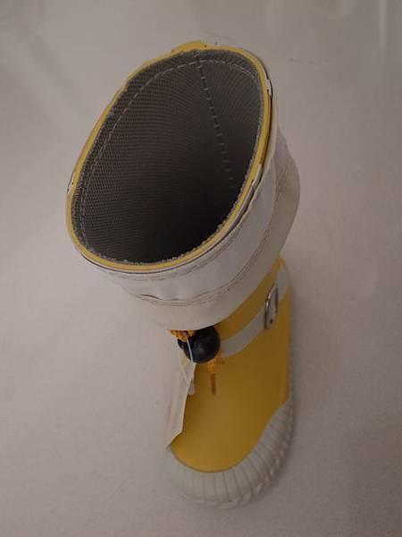 MUJI雨鞋_4