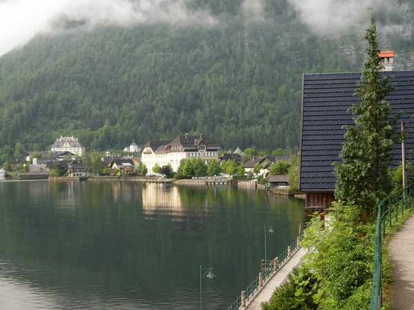 Hallstatt_lake2