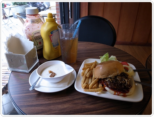 Juicy Burger1