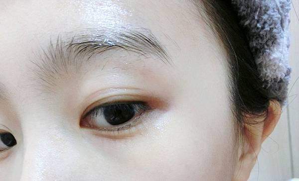 CHERI羊胎素活膚精華液26.JPG