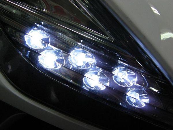白色LED定位燈