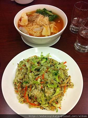 素食:番茄麵線及香椿炒飯