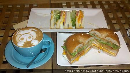 2012-06-16_Xiaomijo_超厲害的咖啡拉花
