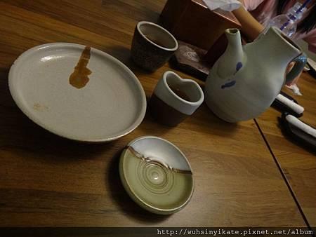 器皿都是手工製,所以每一樣都是獨一無二