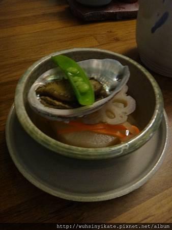 煮物~鮑魚配大根(白蘿蔔)及蓮藕片