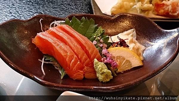 村民食堂 生魚片