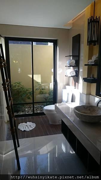 Mövenpick Resort, Koh Samui 衛浴間
