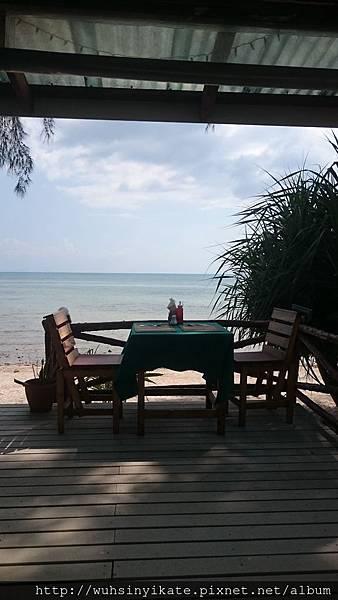 Mövenpick Resort, Koh Samui 旁的不知名小餐廳一角