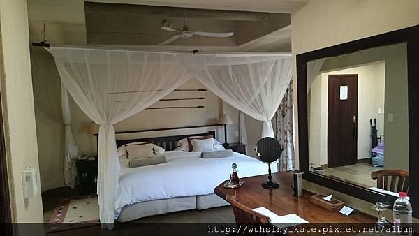 Sabi Sabi Bush Lodge - Room bed