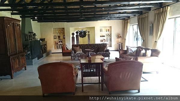 Sabi Sabi Bush Lodge - Lobby area