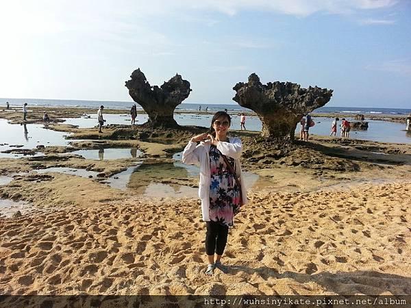 ティーヌ浜(ハートロック心形礁石)到此一遊照