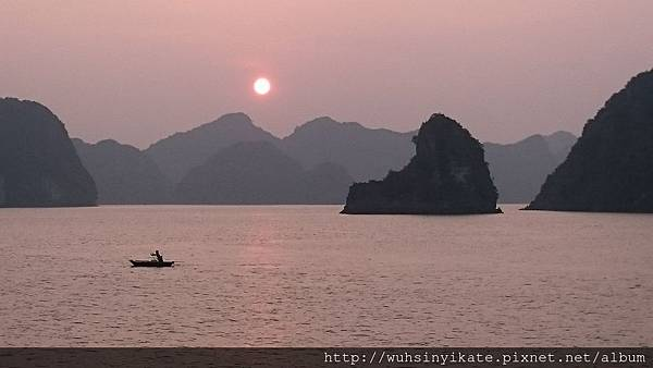 Halong Bay-Sunset