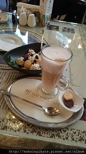 布達佩斯的紐約咖啡館 New York Kávéház