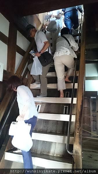 彥根城天守 上下樓梯真的粉~陡(抖)~~~