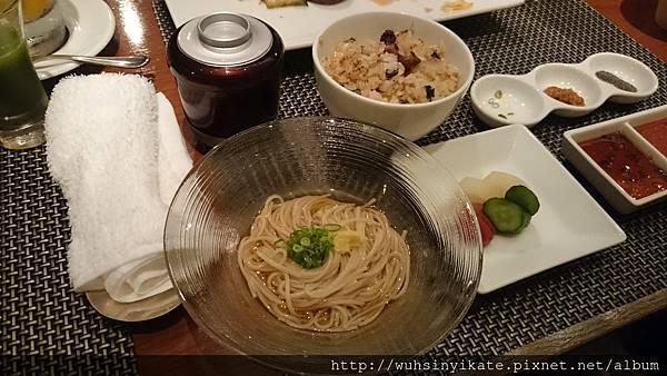 味增湯 蕎麥麵或炒飯