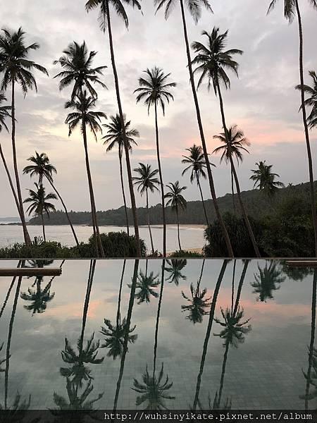 泳池旁的夕陽晚霞美景, Amanwella