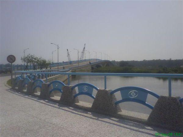 漁光橋外景一.JPG