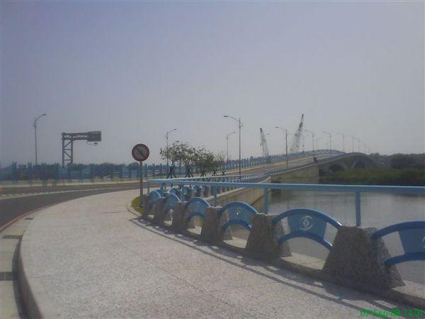 漁光橋外景二.JPG