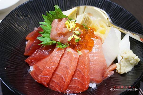 zoe sushi bar