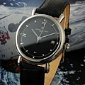 江詩丹頓時尚大氣 .紳士系列 黑色男士手腕錶