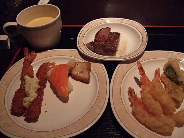 2008-10-22-067第一天晚餐第二盤.jpg