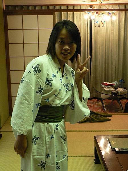 2008-10-24-461第三天飯店浴袍.jpg